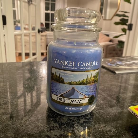 NEW RARE Yankee Candle scent 'Drift Away'